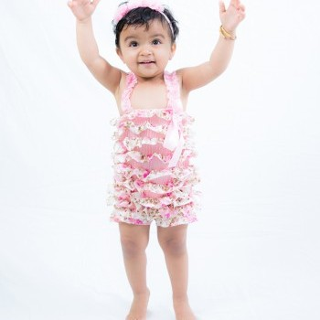 Baby Girl Cute flowery one piece ruffled romper